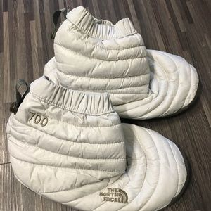 The North Face 700 White Booties XS